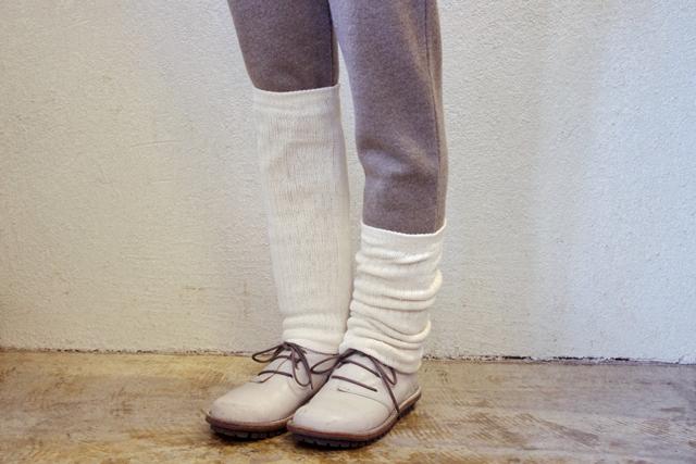 レッグウォーマー絹紡糸